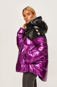 Puffer Jackets, Winter Jackets, Down Coat, Jackets For Women, Coats, Holographic, Model, Metallic, Fashion