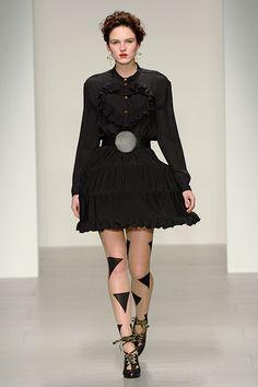 ヴィヴィアン・ウエストウッド レッドレーベル(Vivienne Westwood Red Label) 2014-15年秋冬コレクション Gallery28 - ファッションプレス