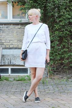 White summer dress with sneakers // Kotisaari