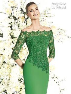 Women S Fashion Designer Brands Lace Dress Styles, Green Lace Dresses, Elegant Dresses, Sexy Dresses, Beautiful Dresses, Short Dresses, Formal Dresses, Dress Brokat, Mothers Dresses
