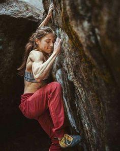 Climbing Girl, Rock Climbing Gear, Surf, Alex Puccio, Mountain Climbing, Mountain Biking, Action Poses, Mountaineering, These Girls