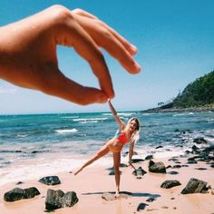 Ideas For Photography Beach People Bikinis Types Of Photography, Candid Photography, Documentary Photography, Aerial Photography, Creative Photography, Street Photography, Photography Ideas, Beach Photography Friends, People Photography