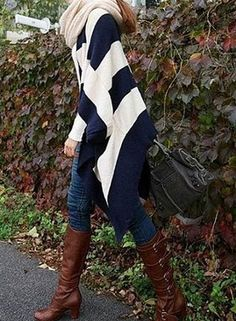 Love the poncho & skinny jeans.