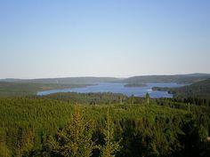 Utsikt over sjøen Kymmen og Gräsmarks finnskog.