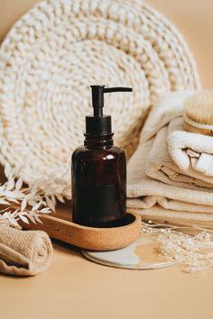 5 Shampoos de até R$ 12, para você conhecer ainda este ano! • Tu Cacheias Aloe Vera, Pantene, Soap Dispenser, Cosmetics, Flat Lay, Photograph, Jewellery, Blog, Products