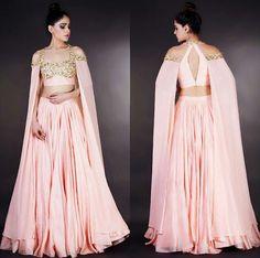 Designer- Mahima Mahajan