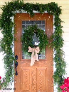 DIY Furniture : Create your own Fresh Cedar Garland. Its easier than you think. Looks so beautiful and smells so good. Kids Christmas, Christmas Crafts, Christmas Decorations, Holiday Fun, Holiday Decor, Holiday Ideas, French Country Decorating, Diy Furniture, Furniture Projects