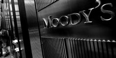 1470972-moody