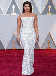 Priyanka Chopra #Oscars #Oscars2017