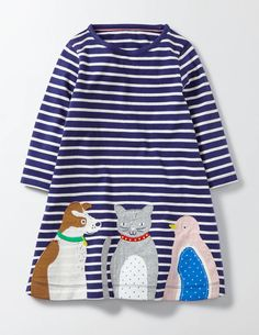 Skip and jump all you want in this jersey dress. The loose-fitting swing shape allows for plenty of movement, and we've added some furry friends on the front who love to run, trot or hop along with you. Pair with leggings and a cardigan on cooler days.