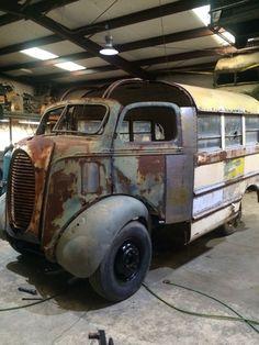 Custom Big Rigs, Custom Trucks, Custom Cars, Antique Trucks, Vintage Trucks, Pick Up, Classic Trucks, Classic Cars, Door Signage