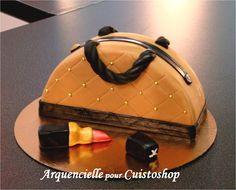 cuisine recette anniversaire gâteau sac à main luxe Cupcake Cakes, Cupcakes, Handbag Cakes, Cake Decorating, Shoulder Bag, Desserts, Bags, Passion, Club