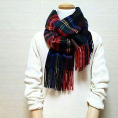 簡単!ストールの巻き方解説です | 日比理子オフィシャルブログ Powered by Ameba Minimal Fashion, Timeless Fashion, Scarf Wearing Styles, Normcore Fashion, Fall Trends, Dream Dress, Autumn Winter Fashion, Dress Outfits, What To Wear