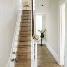 How to choose a staircase. Guide to buying a staircase, our top tips on how to buy a staircase, our expert guide on how to choose a staircase