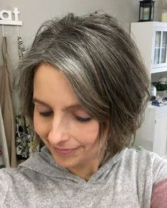 The Unexpected Results of Transitioning to Gray Hair in my Forties hair gr Short Grey Hair Forties Gray Hair Results Transitioning Unexpected Brown Hair Going Grey, Short Grey Hair, Gray Hair Women, Grey Hair Dye, Ombre Hair, Grey Hair Before And After, Short Shaggy Bob, Silver Hair Highlights, Brown With Grey Highlights