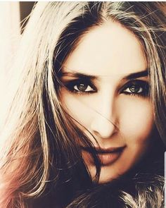mar jao re, tere naam pe; Randhir Kapoor, Kareena Kapoor Khan, Bollywood Actors, Bollywood Celebrities, Most Beautiful Indian Actress, Beautiful Actresses, Karena Kapoor, True Love Photos, Deepika Padukone Hot