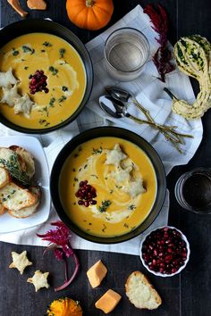 Dinner for Two: Creamy Butternut Squash Soup w/ Broiled Fontina Toasts - Wry Toast Easy Cheap Dinner Recipes, Cheap Meals, Easy Healthy Recipes, Easy Meals, Whole30 Recipes, Healthy Foods, Vegetarian Recipes, Nachos, Sausage Alfredo Recipe