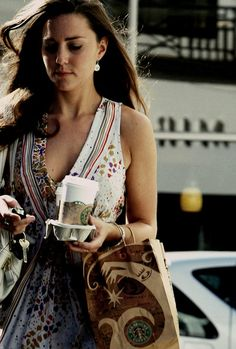 The ever fashionable Kate Middleton making a Starbucks run, and looking great doing it!
