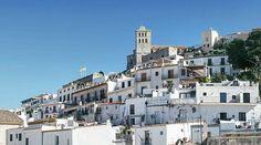 Y se acabó. Coche entregado y esperando en el aeropuerto a montar en el avión de vuelta a casa. Esta tarde hemos vuelto a visitar Ibiza y nos ha gustado un poco más que el primer día.  #tropoIbicenco #sun #landscape #landscapephotography #panorama #panoramic #panoramica #ibizalife #ibiza2017 #ibiza #vsco #vscogood #vscogrid #vscohub #vscocam #photooftheday #sony #sonyA7 #A7 #sonyCamera #sonyAlpha #Alpha #alphaCamera #camera #mirrorless #humonegrophoto #travel #trip #travelgram #instatrip…