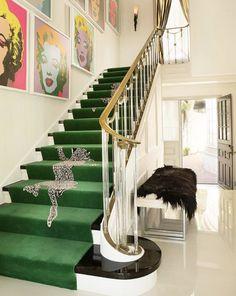 Living Room Green Carpet Stair Runners 39 New Ideas Carpet Staircase, Interior Staircase, Staircase Design, Staircase Ideas, Hall Carpet, Green Carpet, Carpet Colors, Design Entrée, House Design