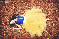©Ivy B Photography  Model: Cherish Roberts  Makeup/Hair: Cherish Roberts  tutu/skirt: Caraleigh Denham/Bayou Bowtique    snow white. disney. fashion. fairytale. princess.