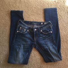 NWOT Miss Me skinny jeans Never worn! Embellished pockets Miss Me Jeans Skinny