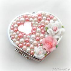 Pink rose pearl #decoden compact #mirror #heart [Thanks, my precious @Shandell Pottorf Pottorf]
