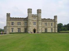 Leeds Castle, Maidstone England