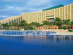 World Hotel Finder - Live Aqua Cancun All Inclusive