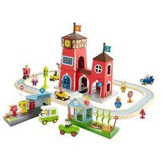 Amazon.com: FAO Schwarz Busytown Big Town Playset: Toys & Games