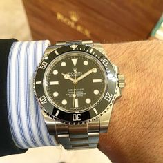"""The Rolex Submariner """"No Date"""" is probably one of the best all-around watches today. It can be dressed up with a suit or worn casually and it'll look great! - - #ROLEX #sub #submariner #submarinernodate #stainlesssteel #40mm #114060 #heirloom #forever #beautiful #love #watch #watches #watchesofinstagram #watchanish #rolexero #rolexwrist #millionaire #billionaire #luxury #luxurylife #patek #patekphilippe #investment #hot #iwant #goals #watchcollector #mondani by jeweler_in_paradise #rolex…"""