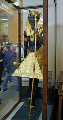 Dit is één van de wachters die de ingang van de grafkamer bewaakten.