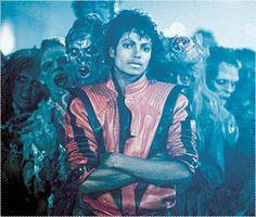 King of Pop Michael Jackson Smile, Michael Jackson Thriller, Thriller Album, Mj Music, Call Of Duty Zombies, Jackson Music, American Singers, Short Films, Gordon Ramsay