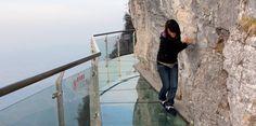 Glass skywalk in China