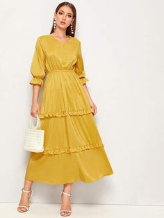 To find out about the Solid Ruffle Trim Elastic Waist Dress at SHEIN, part of our latest Dresses ready to shop online today! Hijab Fashion Summer, Modern Hijab Fashion, Modest Fashion, Fashion Dresses, Muslim Fashion, Modest Dresses, Trendy Dresses, Cute Dresses, Casual Dresses