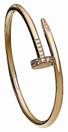 How greatis this nail bracelet by Cartier! Cartier Nail Bracelet, Cartier Jewelry, Jewelry Box, Jewelery, Jewelry Accessories, Jewelry Design, Love Bracelets, Jewelry Bracelets, Jewelry Watches