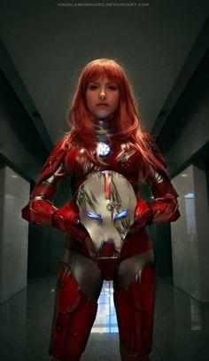 Amazingly badass Pepper Potts R.E.S.C.U.E. armor from Iron Man being cosplayed by Angela Bermudez aka Tensh No Sekai