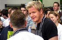 Gordon Ramsay Slams Chefs Who Return Their Michelin Stars Yummy Chicken Recipes, Yum Yum Chicken, Marco Pierre White, Perfect Pie Crust, Michelin Star, Gordon Ramsay, Roasted Turkey, Slammed, Fine Dining