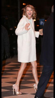 Taylor arriving at the #SNL40 after party last night!