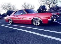 Oldsmobile Cutlass, Old School Cars, Lowrider, Kustom, Buick, Cars And Motorcycles, Vehicles, Traditional, Wheels