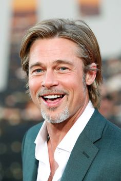 Look back at Brad Pitt through the years, from his start in 'Thelma and Louise' to his hot new role in 'Once Upon A Time In Hollywood' Hollywood Star, Hollywood Life, Famous Men, Famous Faces, Bratt Pitt, Then And Now Photos, Brad Pitt And Angelina Jolie, Hottest Male Celebrities, Handsome Actors