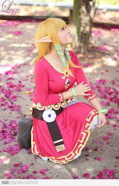Zelda and Link Skyward Sword cosplay by LayzeMichelle on DeviantArt Cosplay Diy, Cosplay Outfits, Best Cosplay, Cosplay Girls, Cosplay Ideas, Anime Cosplay, Anime Costumes, Cool Costumes, Cosplay Costumes