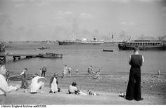 On the beach at Gravesend Kent in 1945 English Heritage NMR Old Pictures, Old Photos, South East England, Uk Time, English Heritage, Old Street, Historical Images, New York Skyline, History