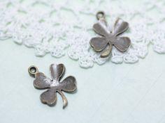 http://leche-handmade.com/?pid=24987367