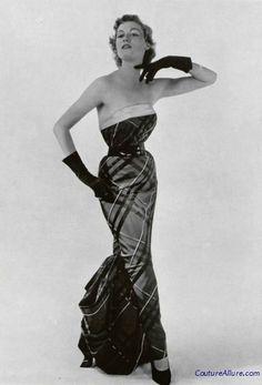 Couture Allure Vintage Fashion: Weekend Eye Candy - Jean Patou, 1950. I love Jean Patou's stuff!