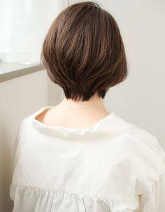 毛流れのあるショート(SY-381) | ヘアカタログ・髪型・ヘアスタイル|AFLOAT(アフロート)表参道・銀座・名古屋の美容室・美容院