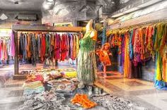 Shopping in Bali is like a dream come true. Here is a guide to know what to buy and where to go for shopping in Bali in Bali Shopping, Bali Holidays, Jimbaran, Bali Travel, Ubud, Fashion Boutique, Luxury Fashion, Fashion Design, Clothes