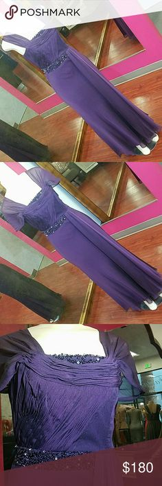 Sz S purple dress prom mother of the bride sleeves This plum purple dress can be worn with sleeves up or down.  Beaded waist belt makes it very elegant   Brand: poly usa   This dress is brand new from my boutique.  Tags(for visibility): prom pageants military ball formal events homecoming wedding gala quinceañera graduations sherri hill scala windsor dave Johnny davids bridal bridesmaids mother of the bride . Dresses Prom