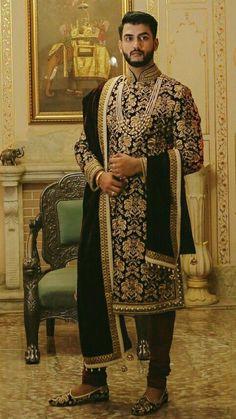 Sherwani For Men Wedding, Wedding Dresses Men Indian, Mens Sherwani, Sherwani Groom, Wedding Dress Men, Wedding Suits, Punjabi Wedding, Indian Weddings, Wedding Couples