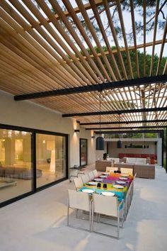 Descubra fotos de Terraços  por Paul Marie Creation. Encontre em fotos as melhores ideias e inspirações para criar a sua casa perfeita.